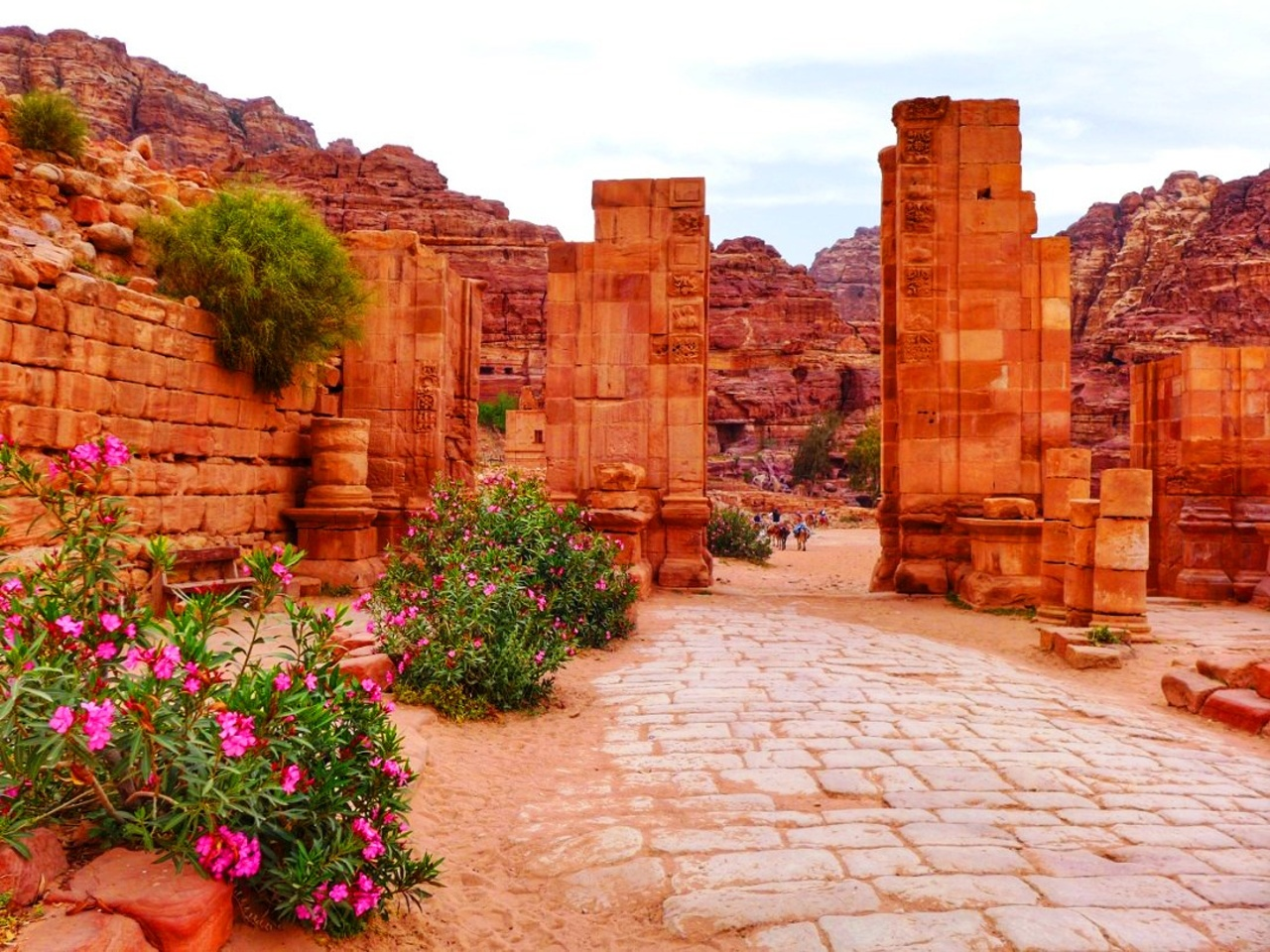 Petra colonnaded street