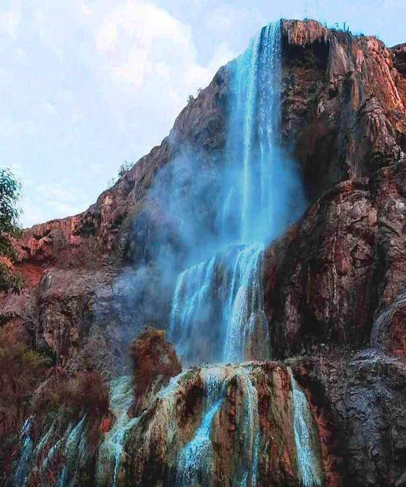 termal'nyye vodopade v iordanii